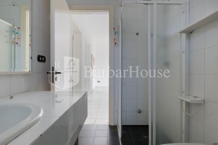 Il bagno interno alla casa vacanze