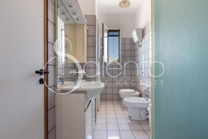 Il bagno doccia al primo piano della casa vacanze a Porto Cesareo