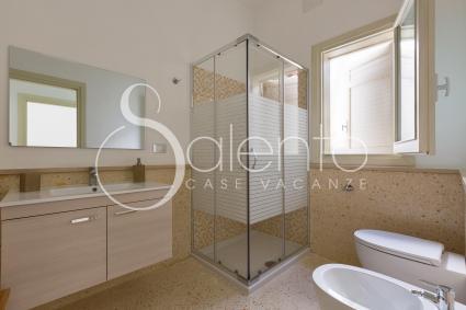 Il bagno doccia 1, spazioso e moderno