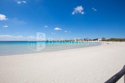Una delle spiagge di sabbia dorata sul mare più famoso del Salento