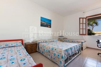 La camera da letto quadrupla, ideale per famiglia con bambini piccoli