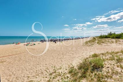 Mare cristallino e spiaggia di sabbia dorata
