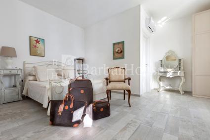 Camera 2 è una matrimoniale in affitto per vacanze nel Salento