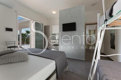 The apartment accommodates up to 4 people on holiday in Salento