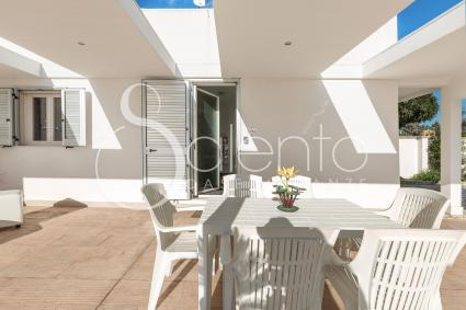 The apartment accommodates up to 5 people on holiday in Salento