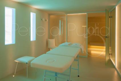 È possibile avere massaggiatore e terapista su richiesta