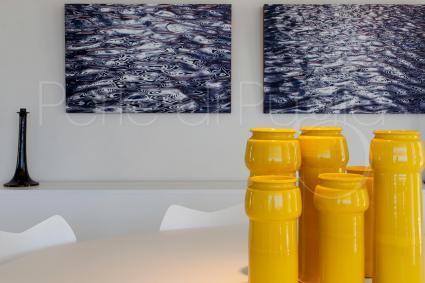 Elementi d`arredo, arazzi, quadri fanno parte della collezione privata dei proprietari