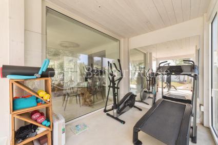Vi è una piccola area palestra per il fitness
