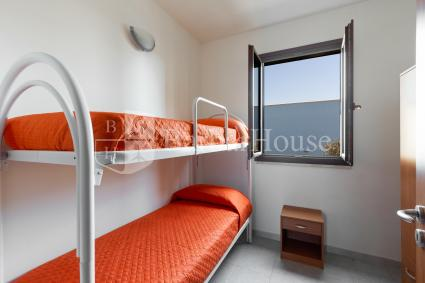 twin bedroom with bunk bed